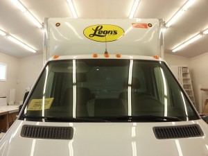 New Leon's Delivery Truck - Vehicle Graphics